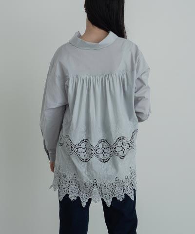 バックギャザー刺繍レースシャツ